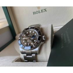 Rolex Submariner Date new green card